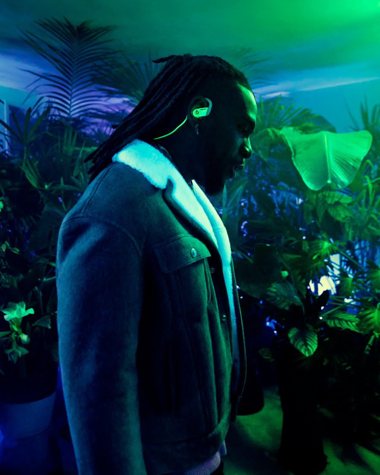 Beats and AMBUSH® Reveal Glow-In-The-Dark Earphone